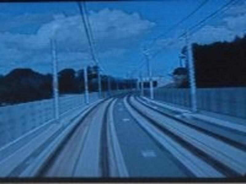 車内のモニター画面から見た新規開業区間