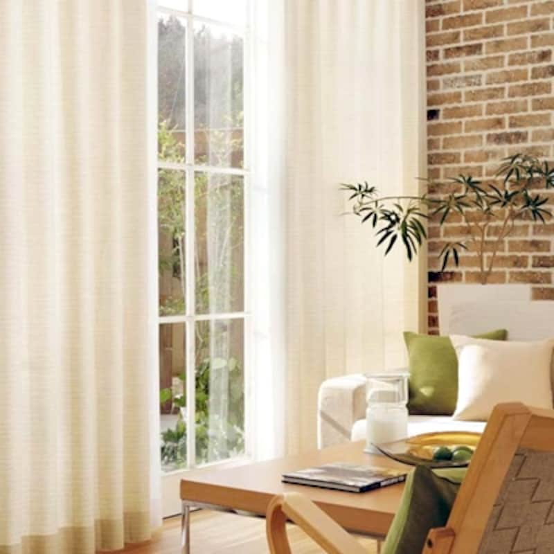 壁紙リフォーム・クロス張替えに合わせカーテンも新しくすれば部屋全体がリフレッシュ(サンゲツ)
