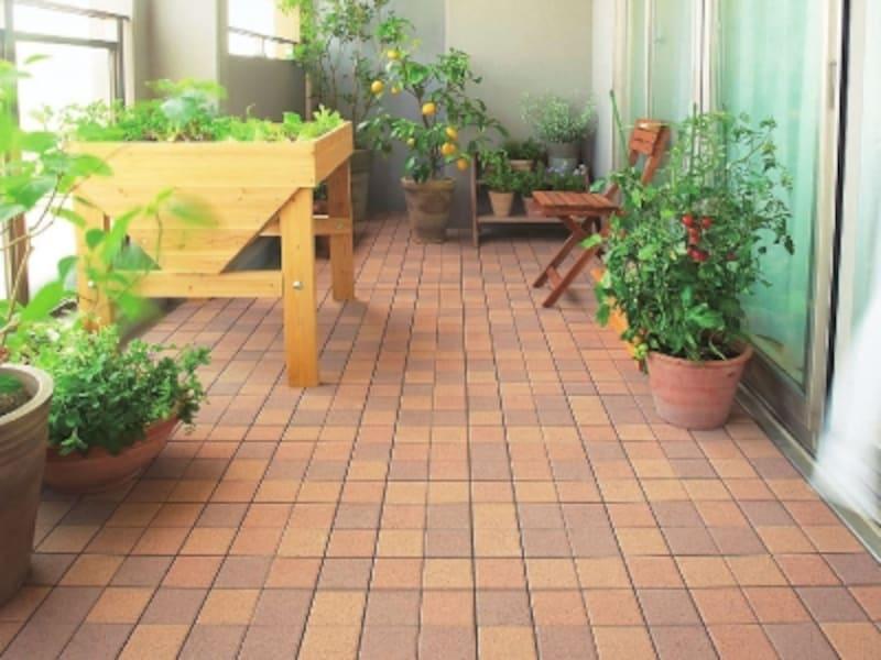 ベランダタイル床