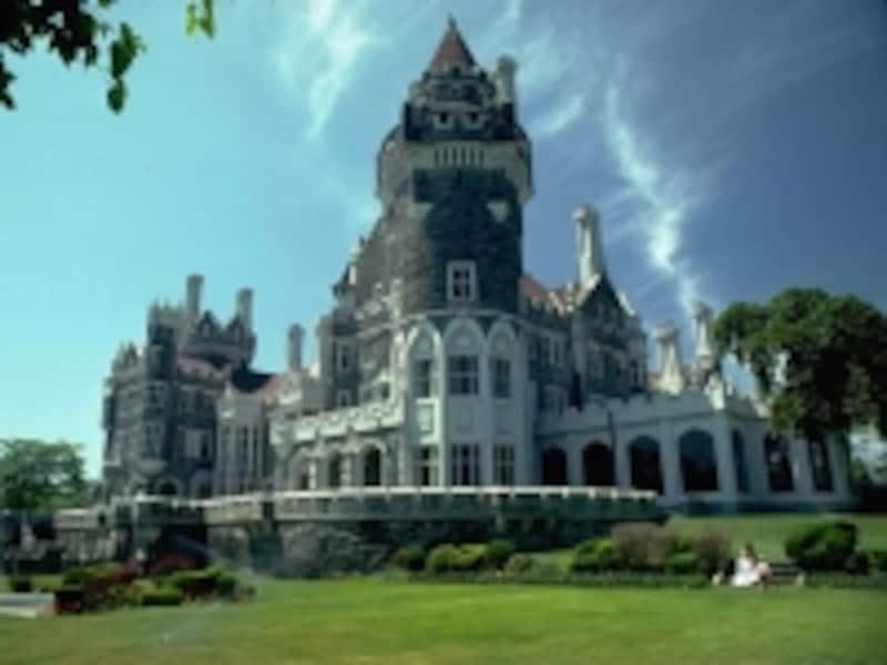 お城のようなたたずまいのカサロマundefined(C)TourismOntario