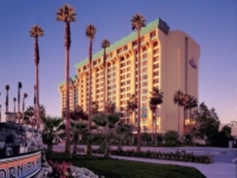 カリフォルニアアドベンチャーが一望できる(C)DisneylandResort