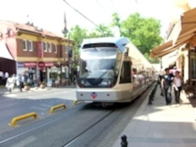 地下鉄は少ないけれど、路面電車がある町は多い