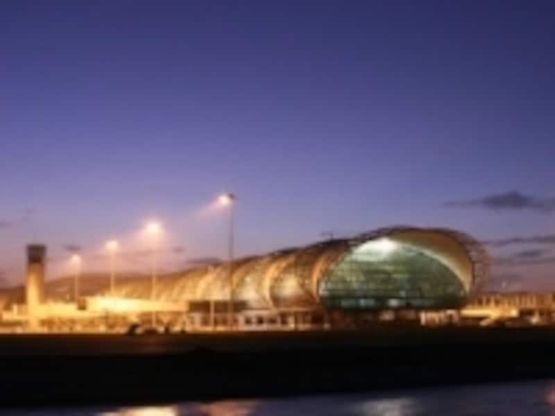 スワンナプーム国際空港から市内へのアクセスはエアポートリンク完成後、いっそう便利になる