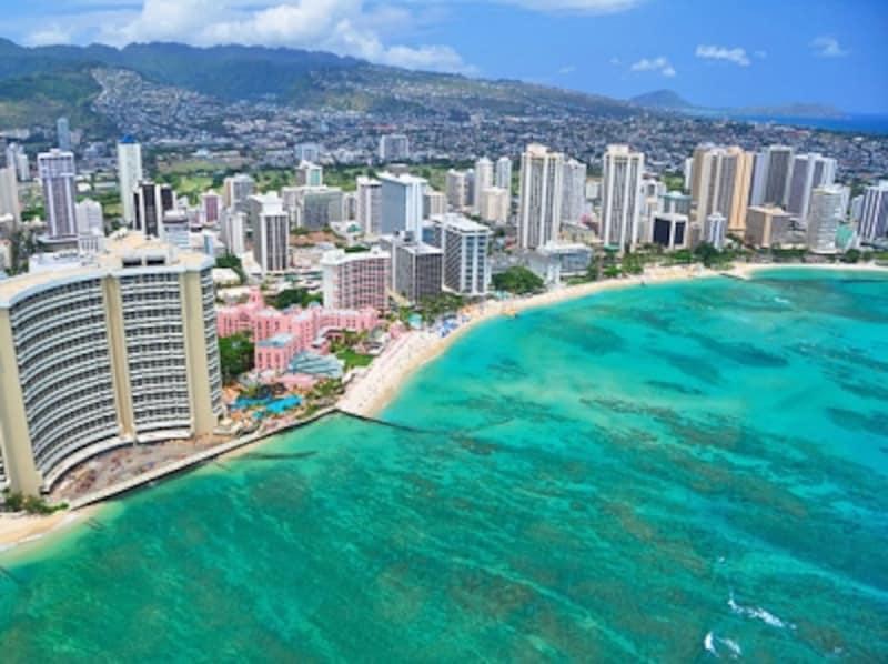 ワイキキビーチに連なるリゾートホテル