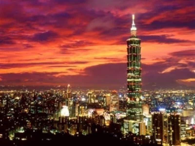 台北市のランドマーク、台北101ビルundefined写真提供:中華民国観光局/陳主建撮影