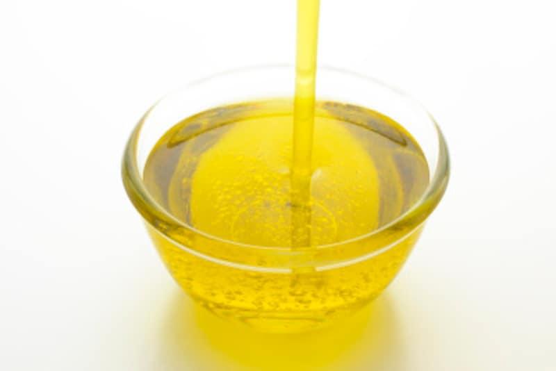料理にあわせて使い分け!特に揚げ物は鮮度の良い油で作りましょう