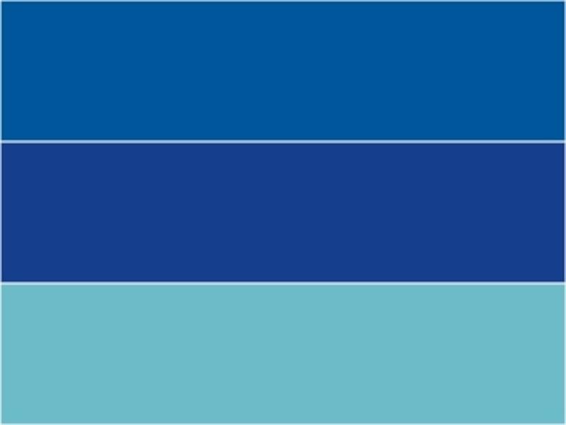 上から順番に、BLEUMEDITERRANEE(ブルー・メディテラネ)、BLEUADRIATIQUE(ブルー・アドリアティック)、水色(みずいろ)