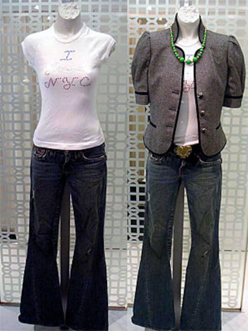 NY流大人なジーンズスタイル