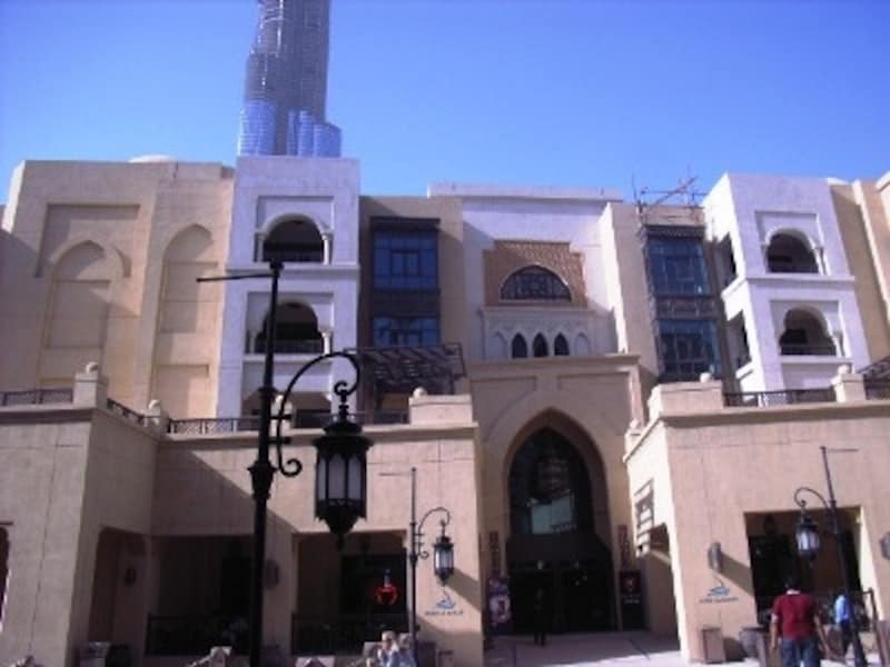 昔ながらの、建築様式がお洒落なスークアルバハール