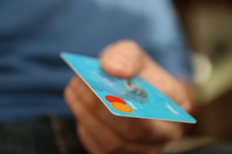 クレジットカード払いを指定すると保障スタートが早い。