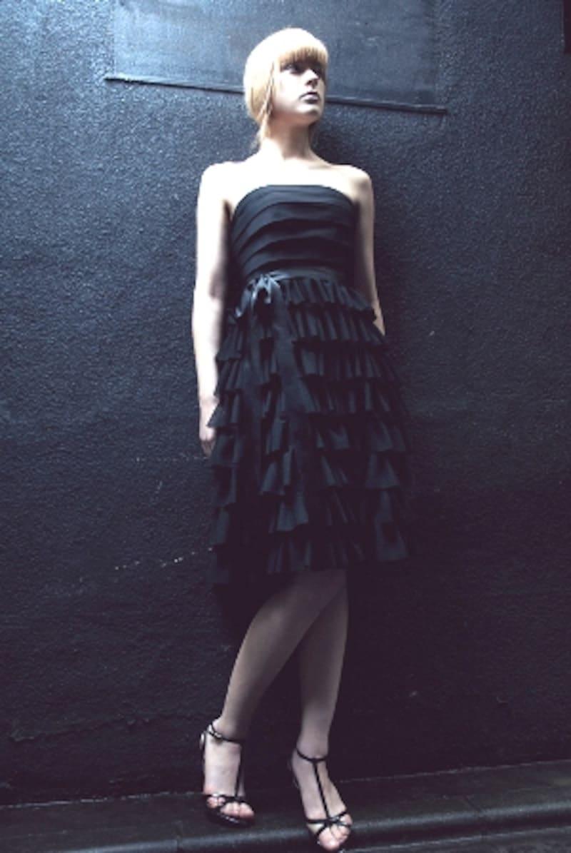 washiwo黒のティアードドレス