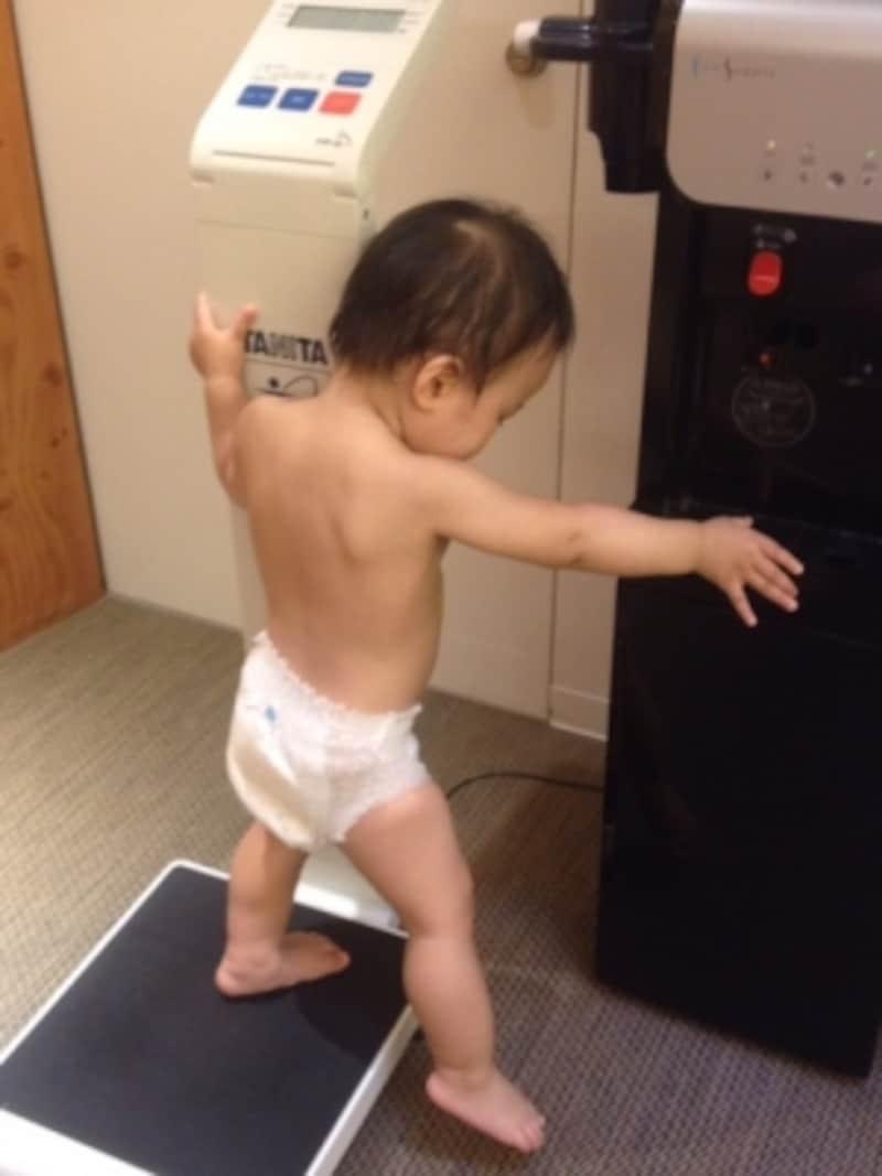 おむつの赤ちゃんでも、おしっこ・ウンチの時間は避ける