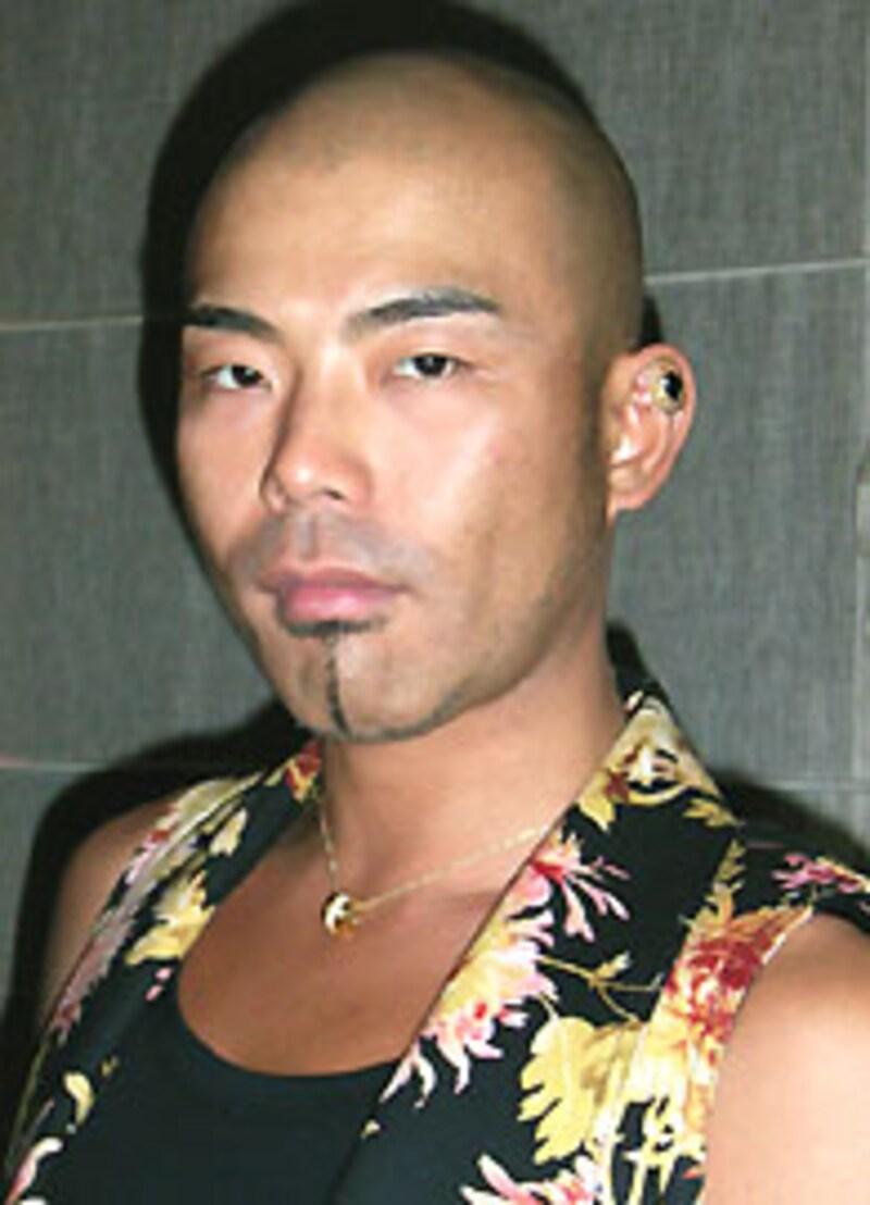 「ドレスキャンプ」岩谷俊和画像