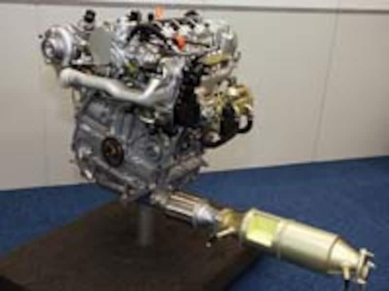 ディーゼルエンジンのカットモデル