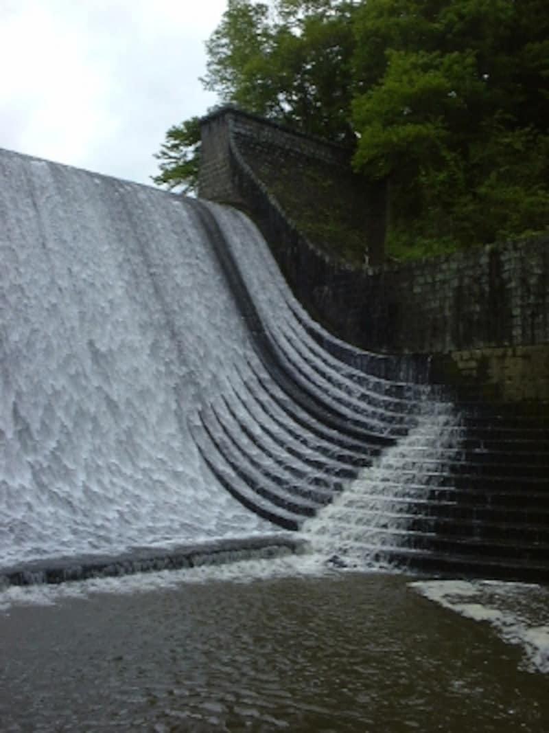 白水溜池堰堤(2)