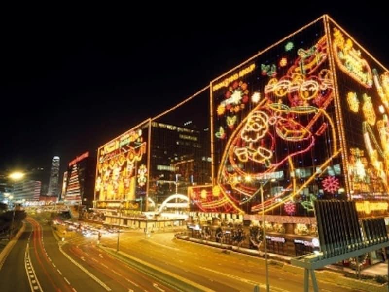 クリスマス&旧正月イルミネーションは必見(c)香港政府観光局