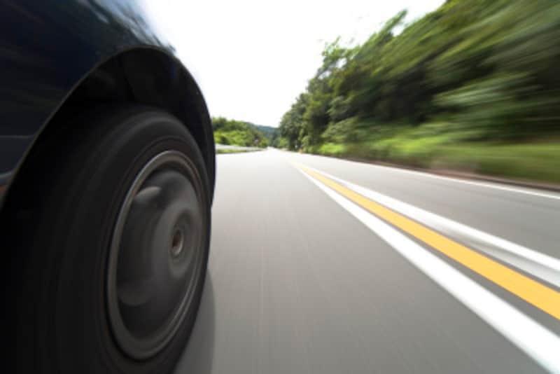 バルブコアが痛むとタイヤの空気圧減少がはやい?