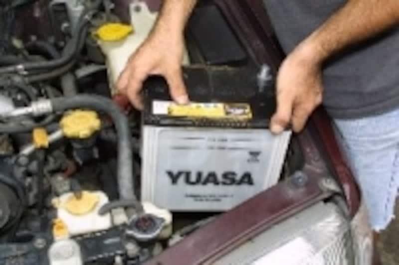 バッテリー交換の様子1