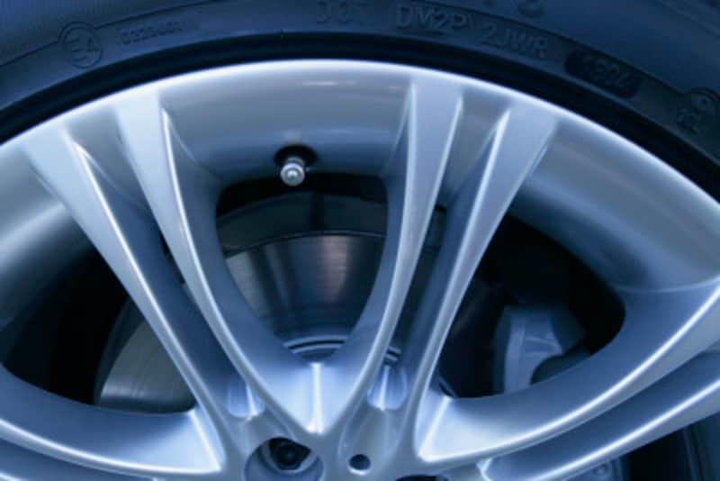 タイヤ・ホイール保管方法のコツ!交換のしやすい保管場所