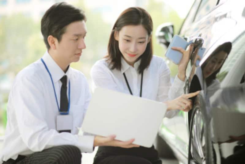 純正サイズのタイヤを装着する場合には、信頼性やサイズの問題などを考えると、純正ホイールが最適です