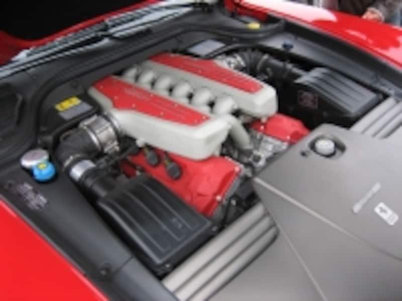 599エンジンの写真