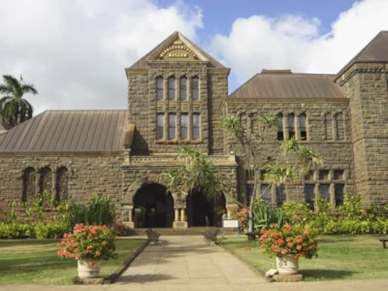 2009年8月にリニューアルオープンしたハワイアン・ホールでは、ハワイの歴史や文化を映像等でわかりやすく解説(写真協力:オアフ観光局)