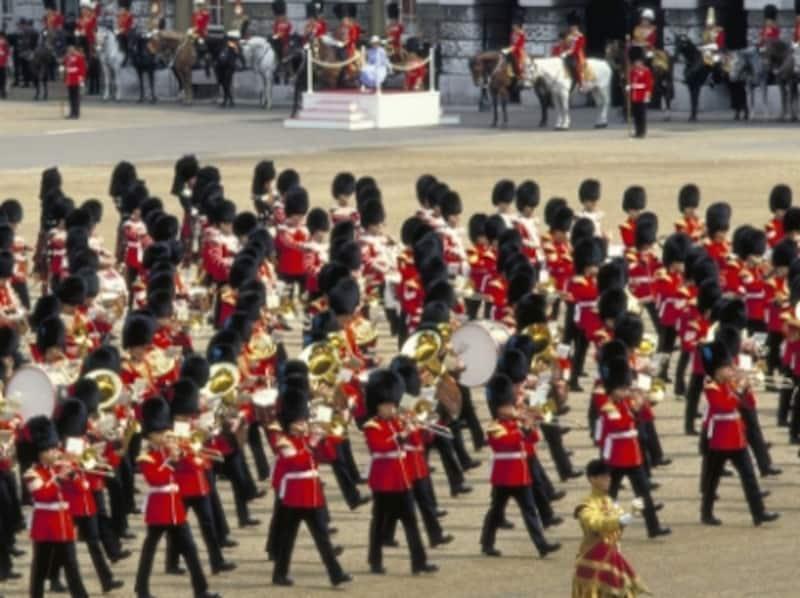 女王陛下の公式誕生日を祝う、華やかなパレードundefined©VisitBritainImages