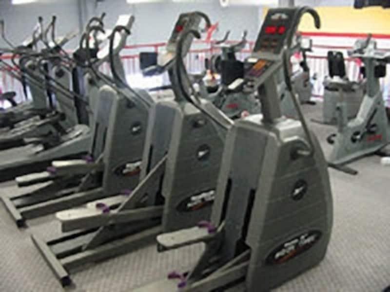 クロストレーナーは関節に負担が少ないまま運動強度を上げられるためお勧めです