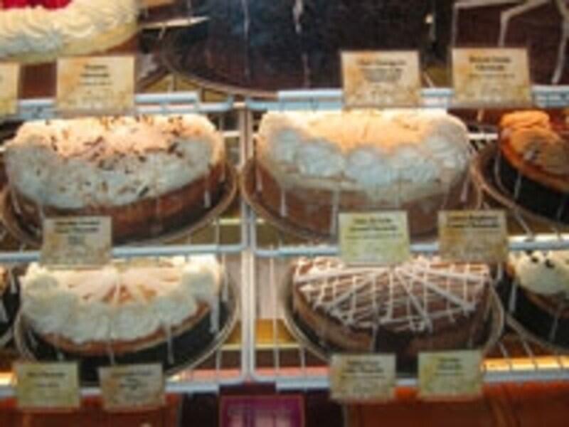 看板メニューのチーズケーキは40種類以上