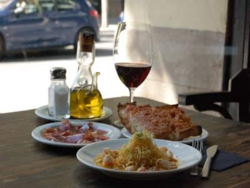おいしい食事は楽しい旅のキーポイント
