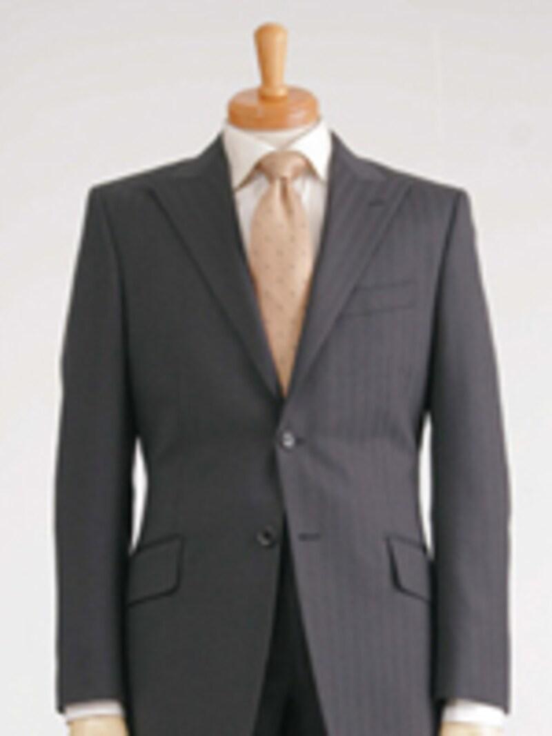 流行スーツ