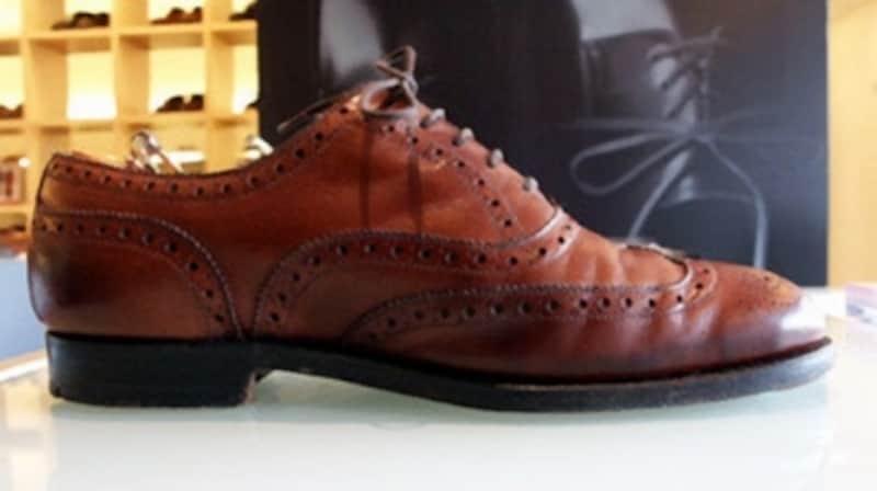 クツハクに出品されたエドワードグリーン。一度は履いてみたい憧れのブランドである。