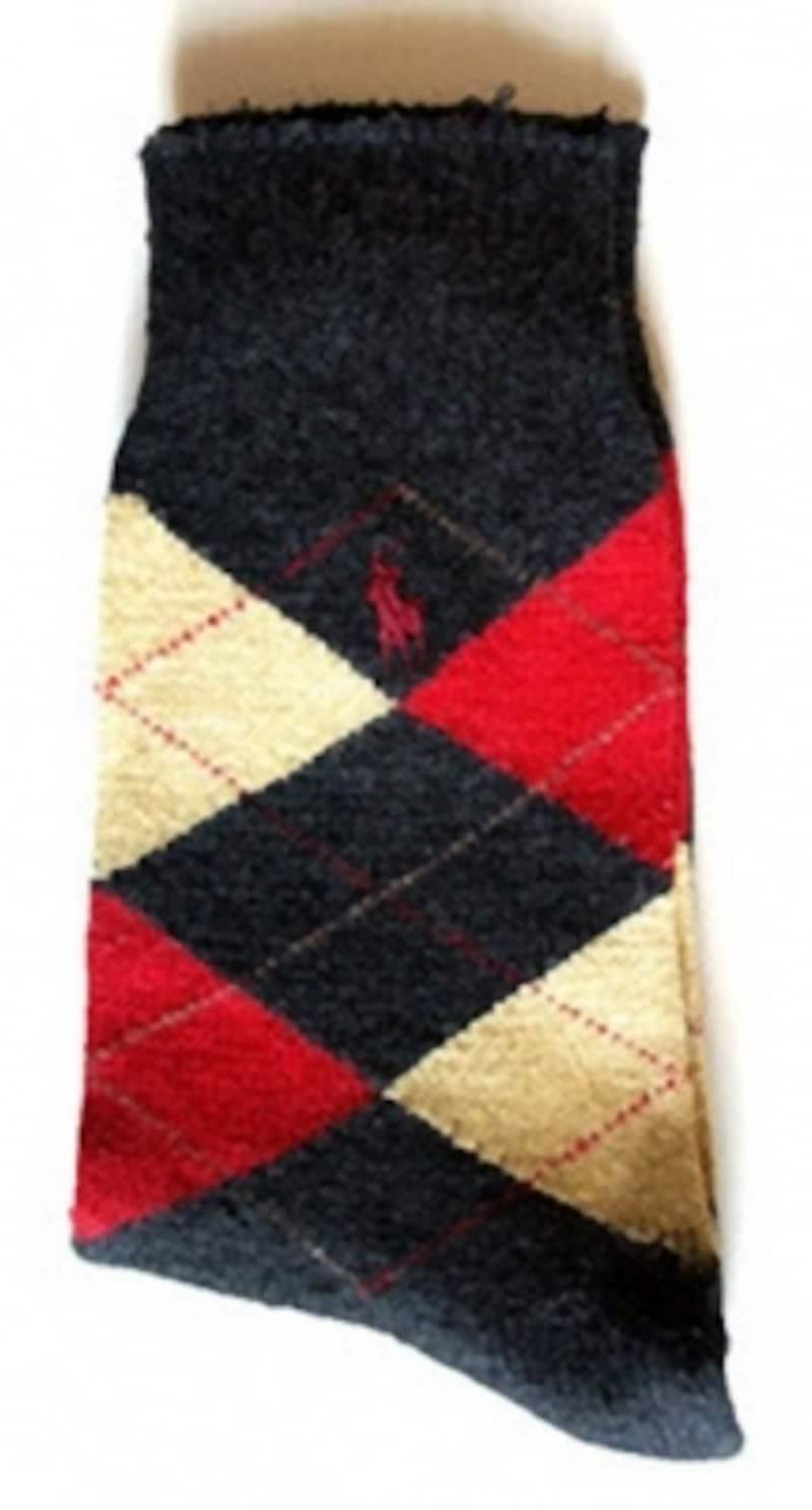 20年ほど前に購入したポロ・バイ・ラルフ・ローレンのウールの靴下。箱のなかの下段のアーガイル2足も同時期に購入したもの。