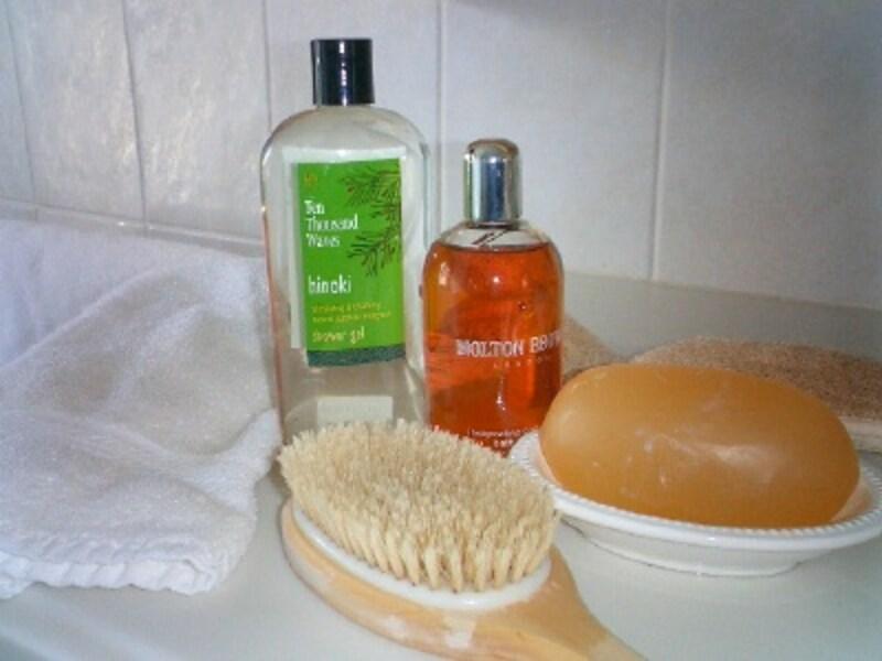 ボディタオルとソープでしっかりと体の汚れを洗い流すことが体臭予防の基本