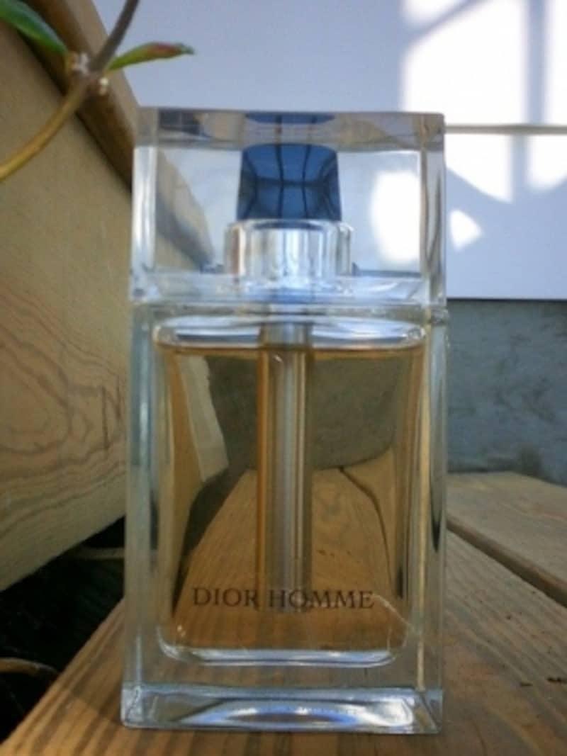 クラッシックなフローラルな香りを現代的にアレンジした香りだ。