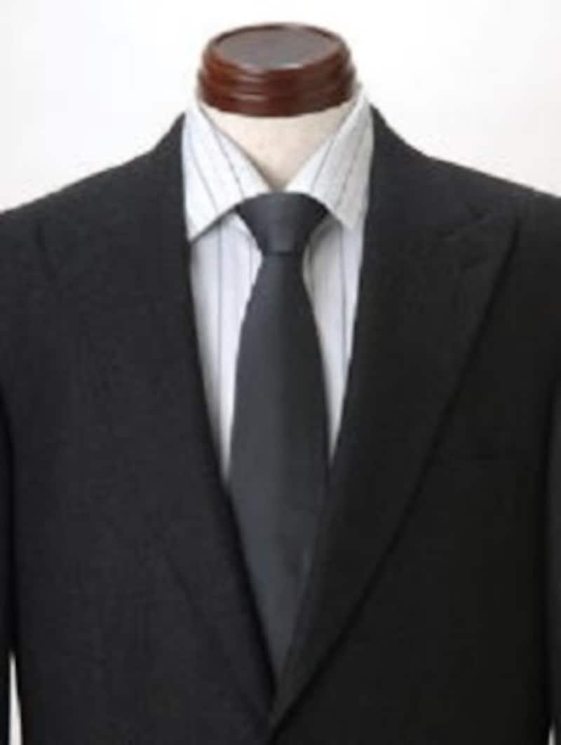 40代50代のスーツコーディネート!スーツ着こなしの失敗例と好例