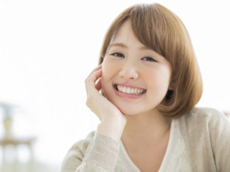 顔の表情が乏しく筋肉を動かさないとたるみやしわができる。表情豊かにキラキラ笑顔で過ごそう