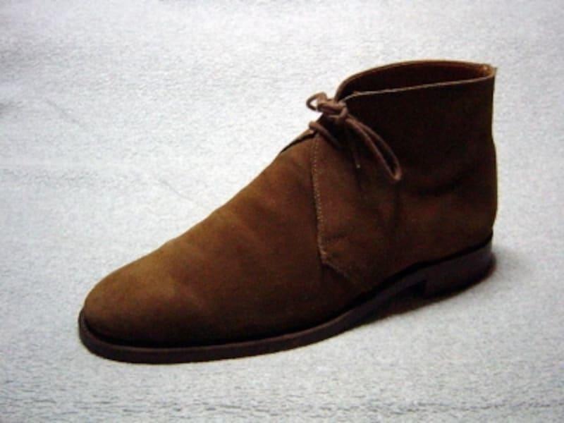 チャッカブーツ,ビジネス,メンズ,チャッカブーツとは,スエード,靴下,黒,スーツ,チャッカーブーツ,チャッカスニーカー,Chukka,Boot,ジョージブーツ,メンズシューズ