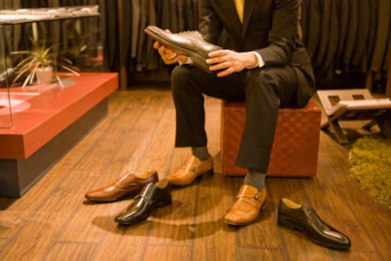 チャッカブーツはビジネスに使える?