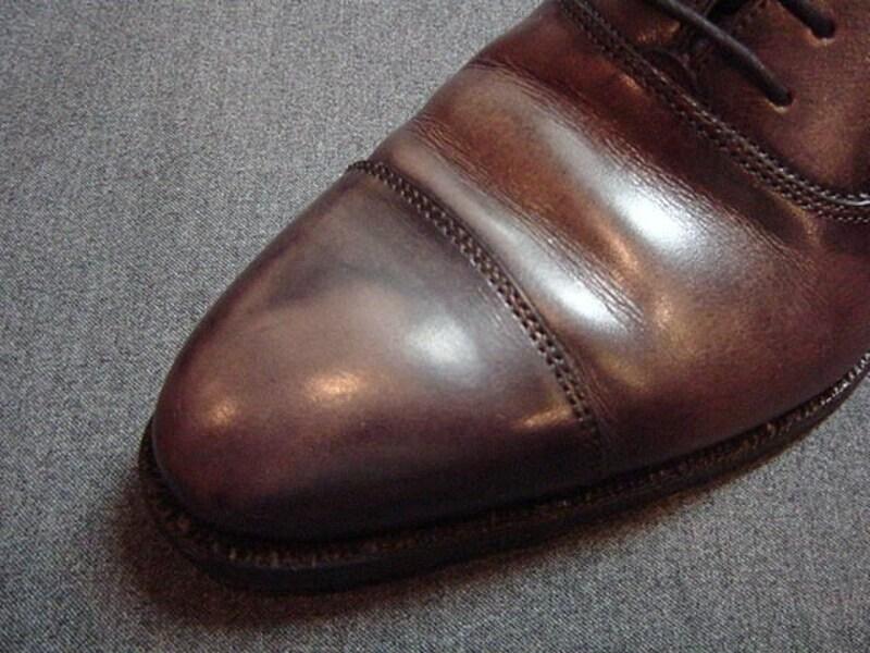 色を後で重ねた靴