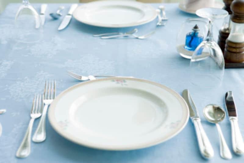 ナイフやフォークのテーブルマナーを正しく覚えよう