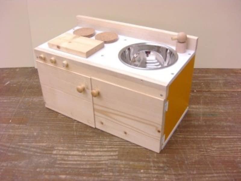 手作りおもちゃカラーボックスキッチン