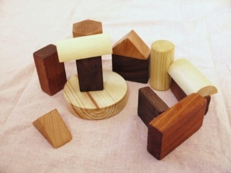 手作りおもちゃ積み木