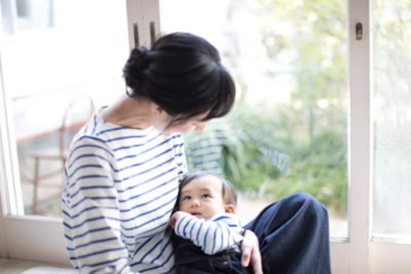 寝ない赤ちゃんは、体内時計と睡眠リズムを整えてあげよう