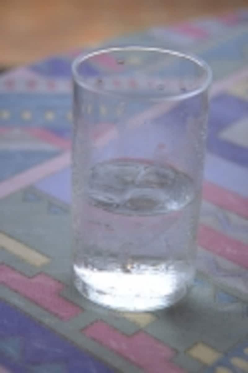 吐いた後は少しずつ水分を与えましょう
