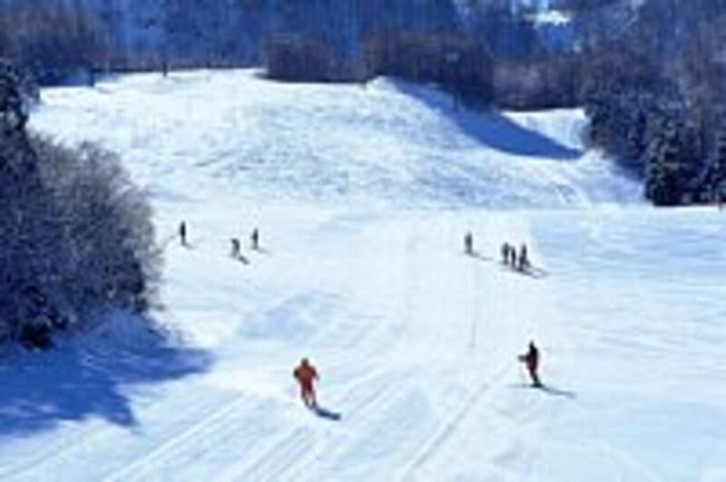 スキーの時は、運動と気温の面での注意が必要