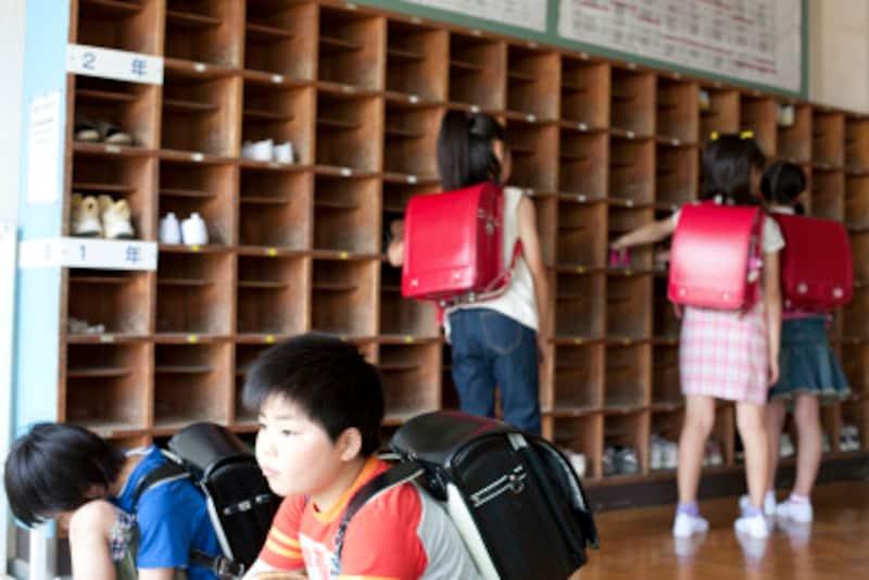 学校に行きたくない…登校しぶりの対策:親が学校の様子を知る
