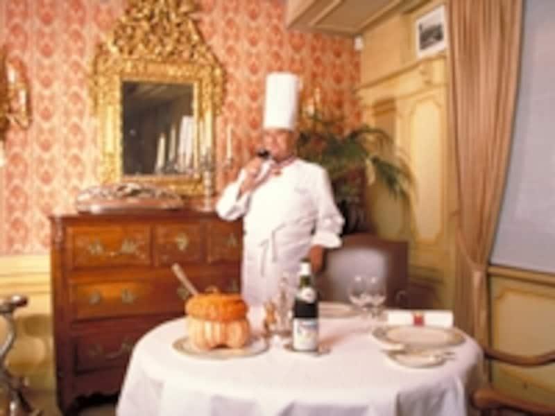 世界遺産になる日も近い!?リヨン美食文化を牽引するポール・ボキューズ©RATourisme/S.Maviel