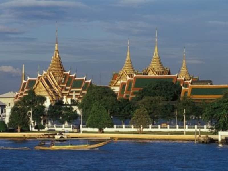 3大寺院のあるエリアは観光地として有名だが、悪徳タクシーが多いことでも知られているので注意(c)タイ政府観光庁