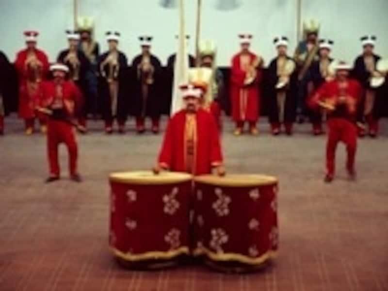 イェニチェリの演奏が見ものの軍事博物館